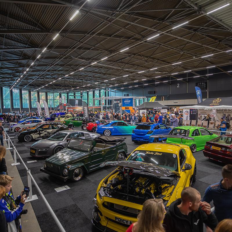 Meer dan 250 geselecteerde showauto's