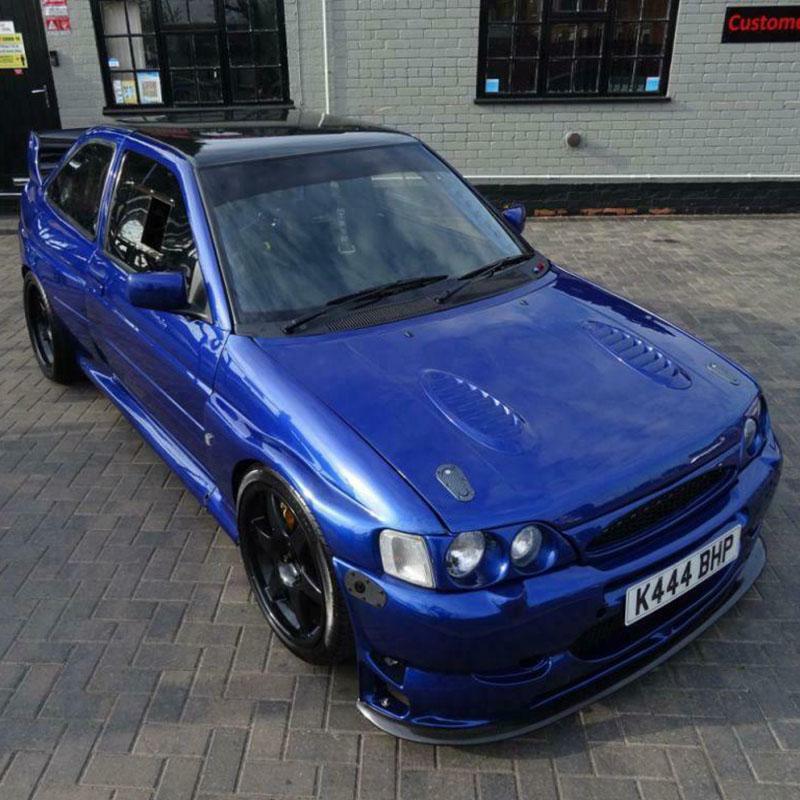 Deze Ford Escort RS Cosworth kan van jou zijn!