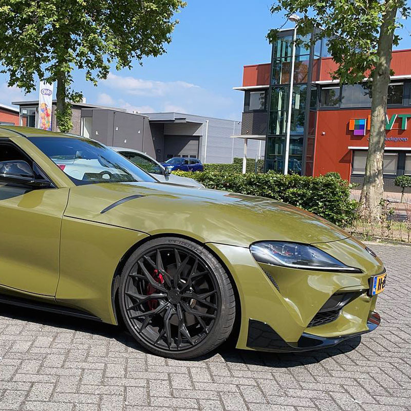 Army green wrap voor Toyota Supra