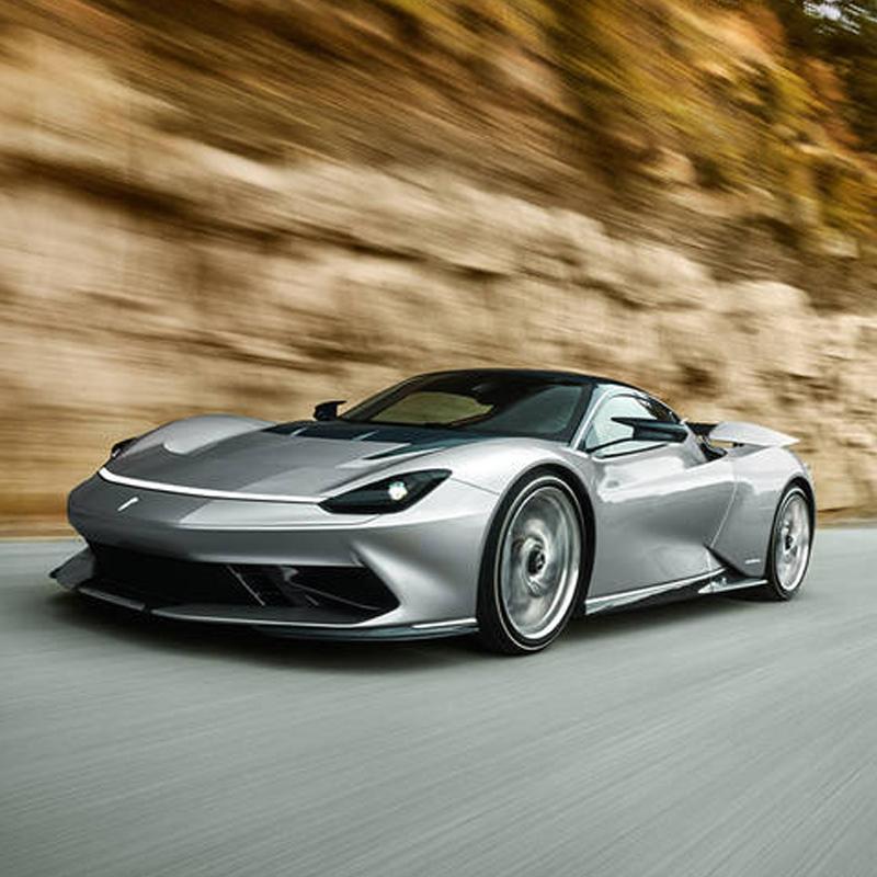 Kickoff Supercars Connect met onthulling van de Pininfarina Battista hyper GT car!