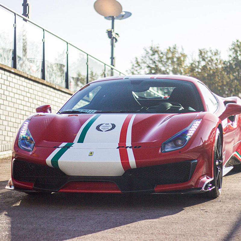 Bijzondere gelimiteerde Tailor Made Ferrari 488 Pista Piloti!